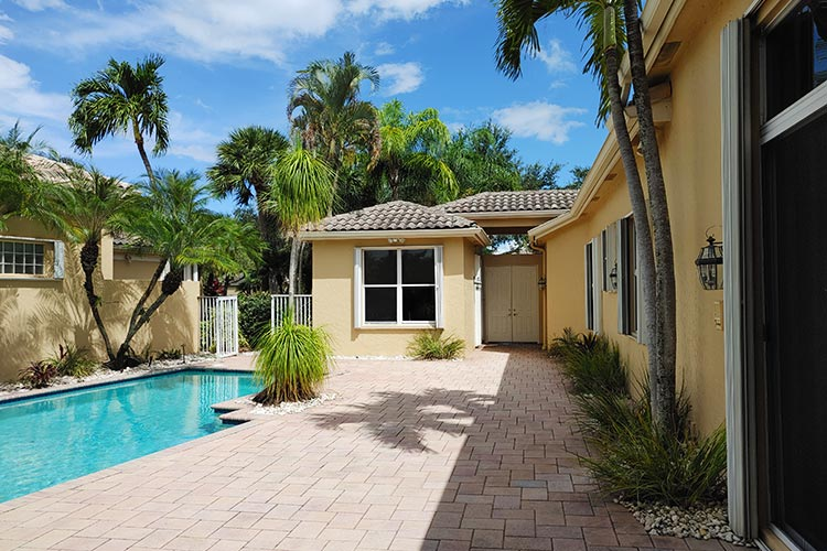 Keeping Your Pool Deck Clean & Ready For All Occasions